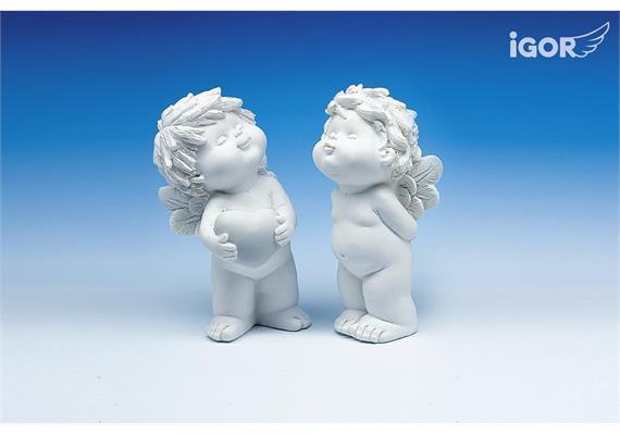 Poly-Engel ''Igor'' küssend/mit Herz weiss sort. H 15 cm