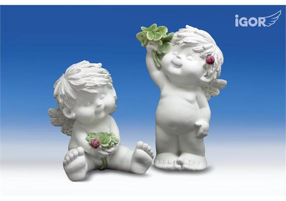 Poly-Engel ''Igor'' mit Kleeblatt weiss coloriert H22,5/30cm