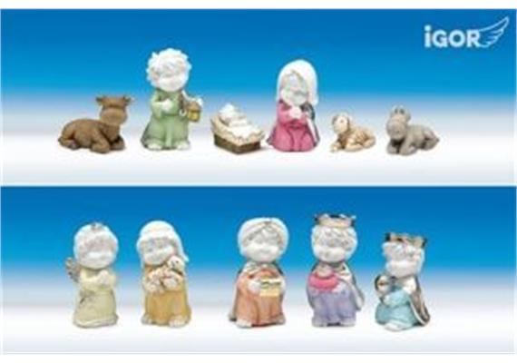 Poly-Hl.Familie Igor Set/11 weiss-coloriert sort. H7cm
